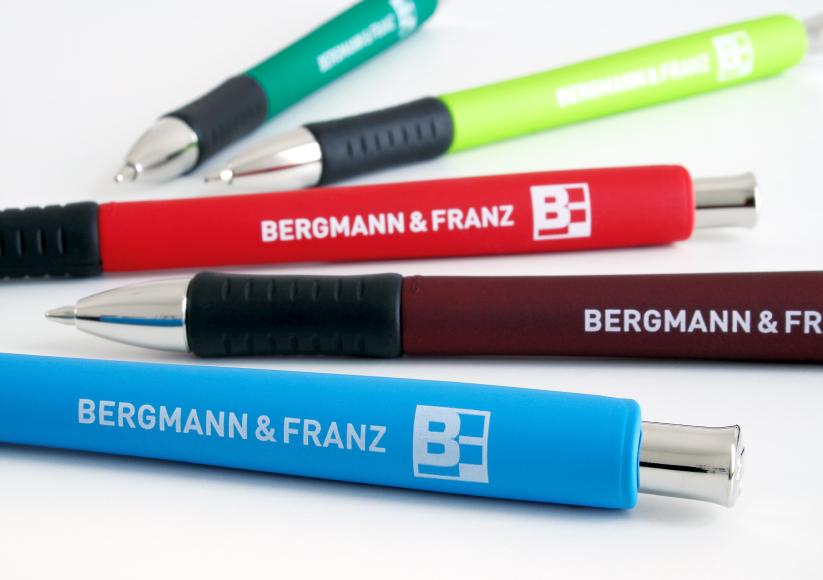 bergmann-und-franz_30_werbemittel_kugelschreiber